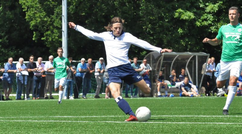 Vince-de-Kwant-Voetbal-in-Haarlem