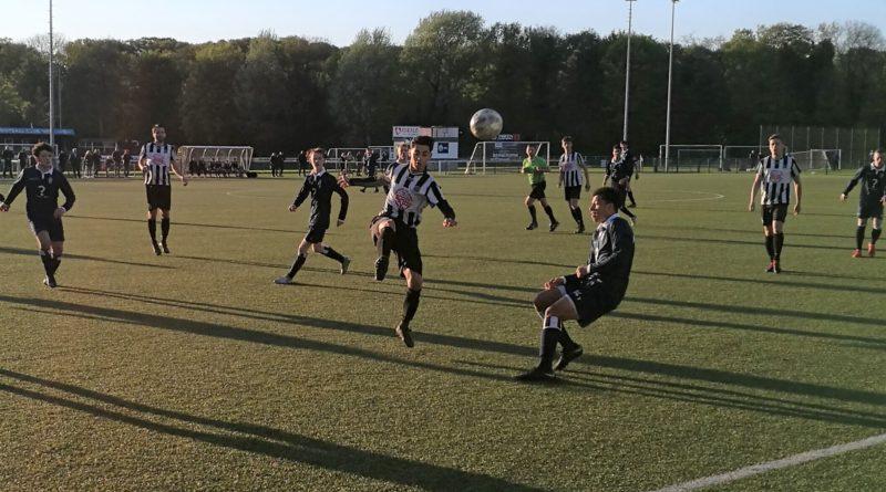 HFC-IJmuiden-Voetbal-in-Haarlem