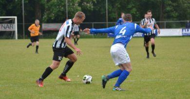 IJmuiden-Stormvogels-Voetbal-in-Haarlem (21)