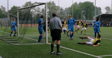 Schoten-Sporting-Martinus-Voetbal-in-Haarlem
