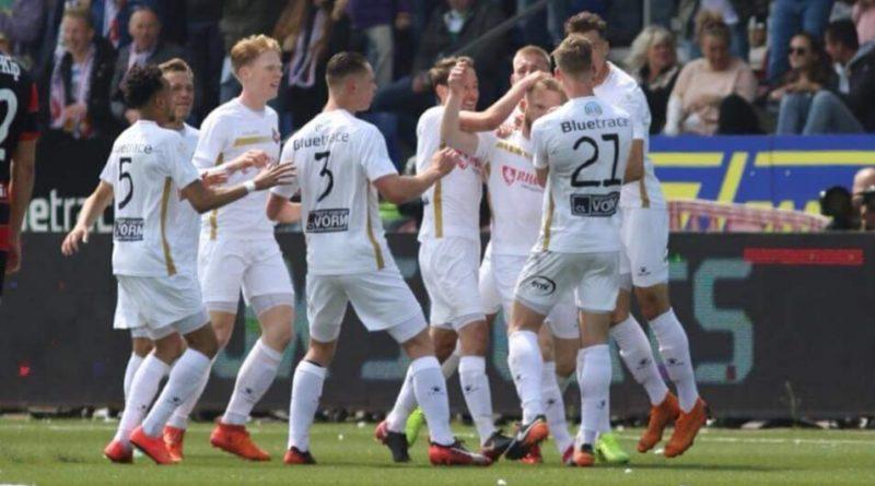 Telstar-De-Graafschap-Voetbal-in-Haarlem