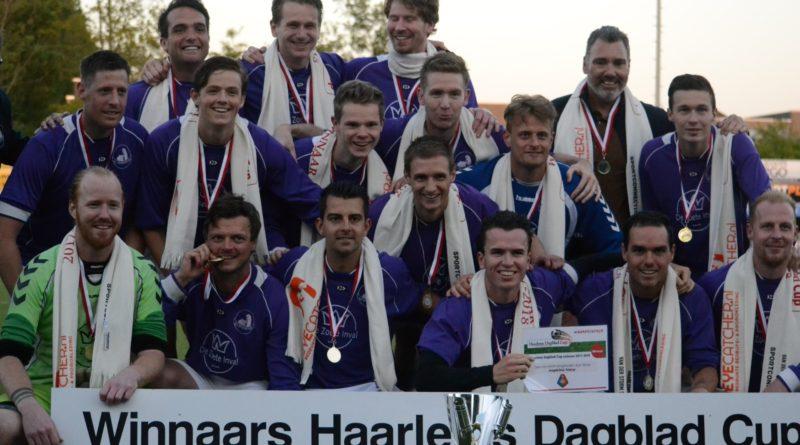 Zandvoort-Spaarnwoude-HD-Cup-Voetbal-in-Haarlem