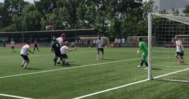 Alcmaria-Victrix-Voetbal-in-Haarlem