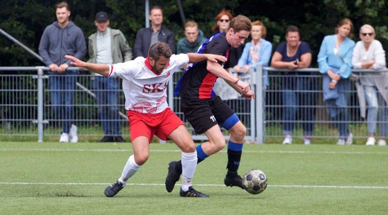 Zwanenburg-IVV-Voetbal-in-Haarlem (6)