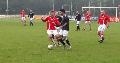 vsv-zaanlandia-voetbal-in-haarlem