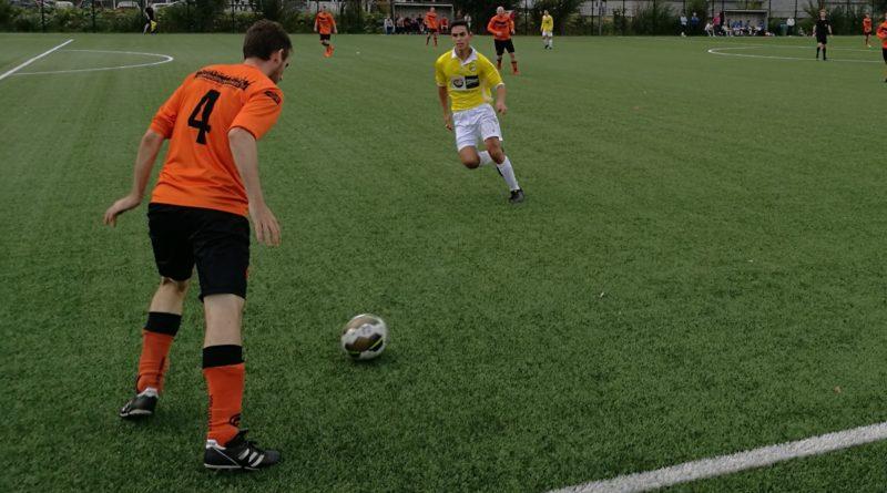 Geel-Wit-Vogelenzang-MidWest-Cup-Voetbal-in-Haarlem.jpg