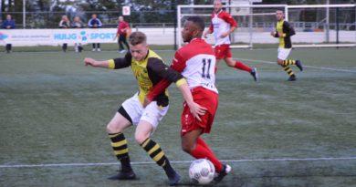 Schoten-DSOV-MidWest-Cup-Voetbal-in-Haarlem