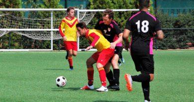 Van-Nispen-SVIJ-MidWest-Cup-Voetbal-in-Haarlem
