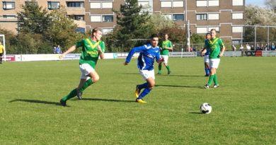 Stormvogels-DEM-Voetbal-in-Haarlem