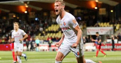Telstar-Jong-FC-Utrecht-Keuken-Kampioen-Divisie-Voetbal-in-Haarlem
