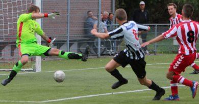 Westzaan-IJmuiden-Voetbal-in-Haarlem