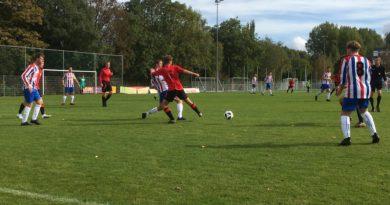 De-Meer-VVH-Velserbroek-Voetbal-in-Haarlem