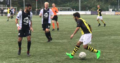 Kolping-Boys-Schoten-Voetbal-in-Haarlem