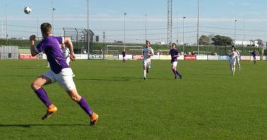 Spaarnwoude-Terrasvogels-Voetbal-in-Haarlem