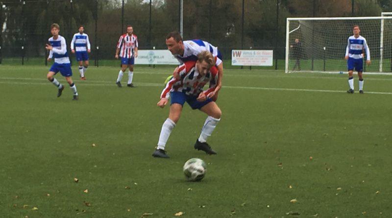 VVH-Velserbroek-Ouderkerk-Voetbal-in-Haarlem