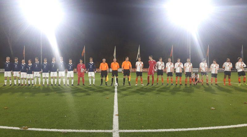 HBC-Koninklijke-HFC-Voetbal-in-Haarlem