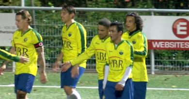Hooglanderveen-Zandvoort-Voetbal-in-Haarlem