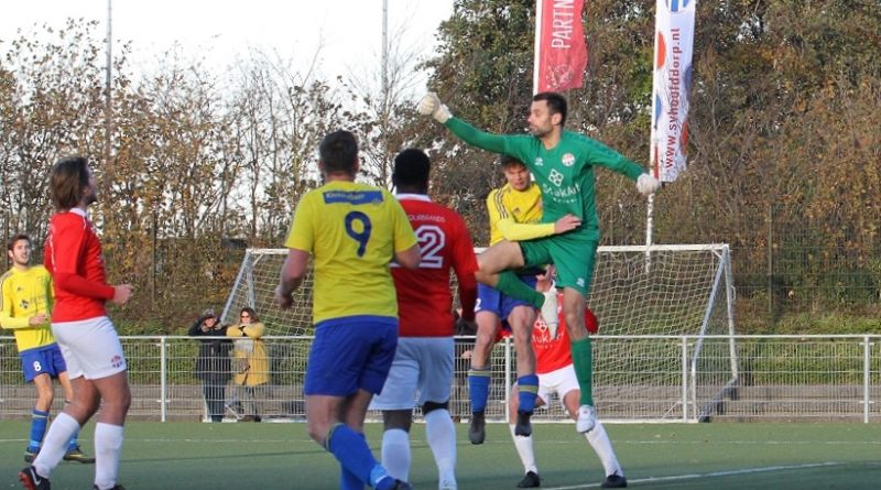 Jan-Ziere-Hoofddorp-Velsen-Voetbal-in-Haarlem (2)