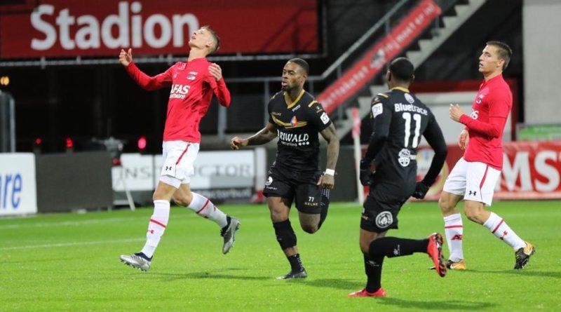 Jong-AZ-Telstar-Voetbal-in-Haarlem