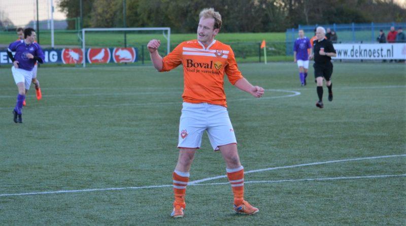Spaarnwoude-Bloemendaal-Voetbal-in-Haarlem (68)