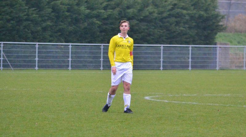 Spaarnwoude-Geel-Wit-Voetbal-in-Haarlem (37)