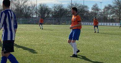 Diemen-VVH-Velserbroek-Voetbal-in-Haarlem