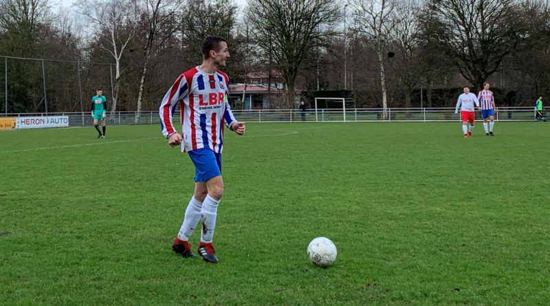 IVV-VVH-Velserbroek-Voetbal-in-Haarlem