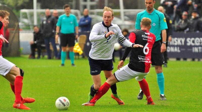 Koninklijke-HFC-De-Treffers-Voetbal-in-Haarlem (5)