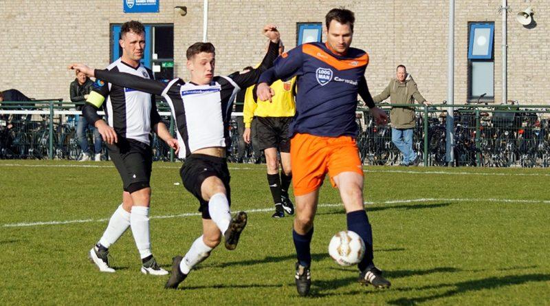 VVC-IJmuiden-Voetbal-in-Haarlem