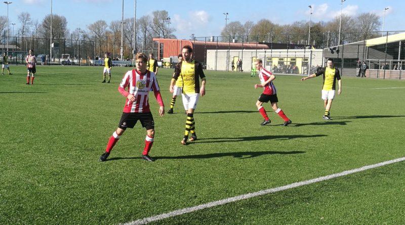 Schoten-Spartanen-Voetbal-in-Haarlem