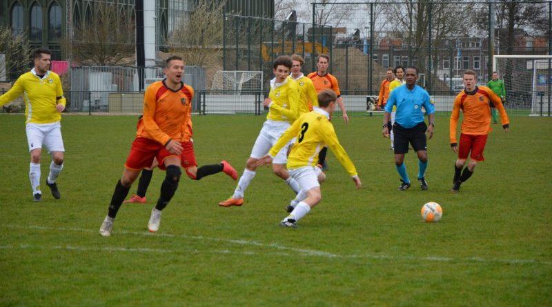 geel-wit-haarlem-kennemerland-voetbal-in-haarlem