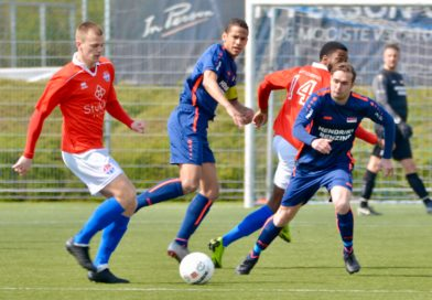 hoofddorp-dsov-voetbal-in-haarlem