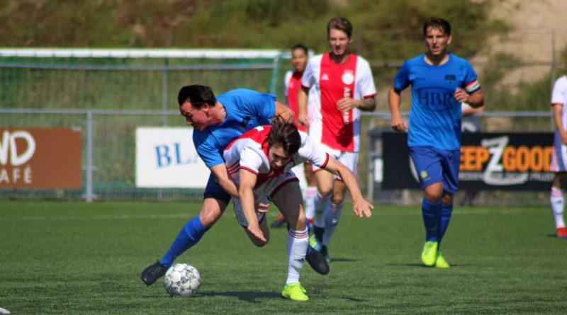 zandvoort-ajax-voetbal-in-haarlem-Edited.jpg
