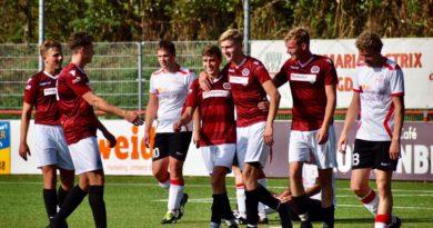 alcmaria-ijmuiden-voetbal-in-haarlem.