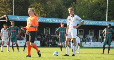 koninklijke-hfc-ajax-voetbal-in-haarlem