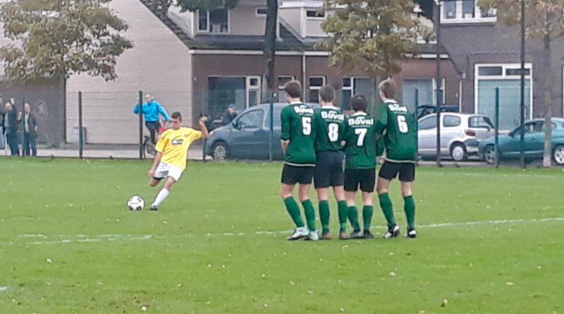 geel-wit-bsm-voetbal-in-haarlem