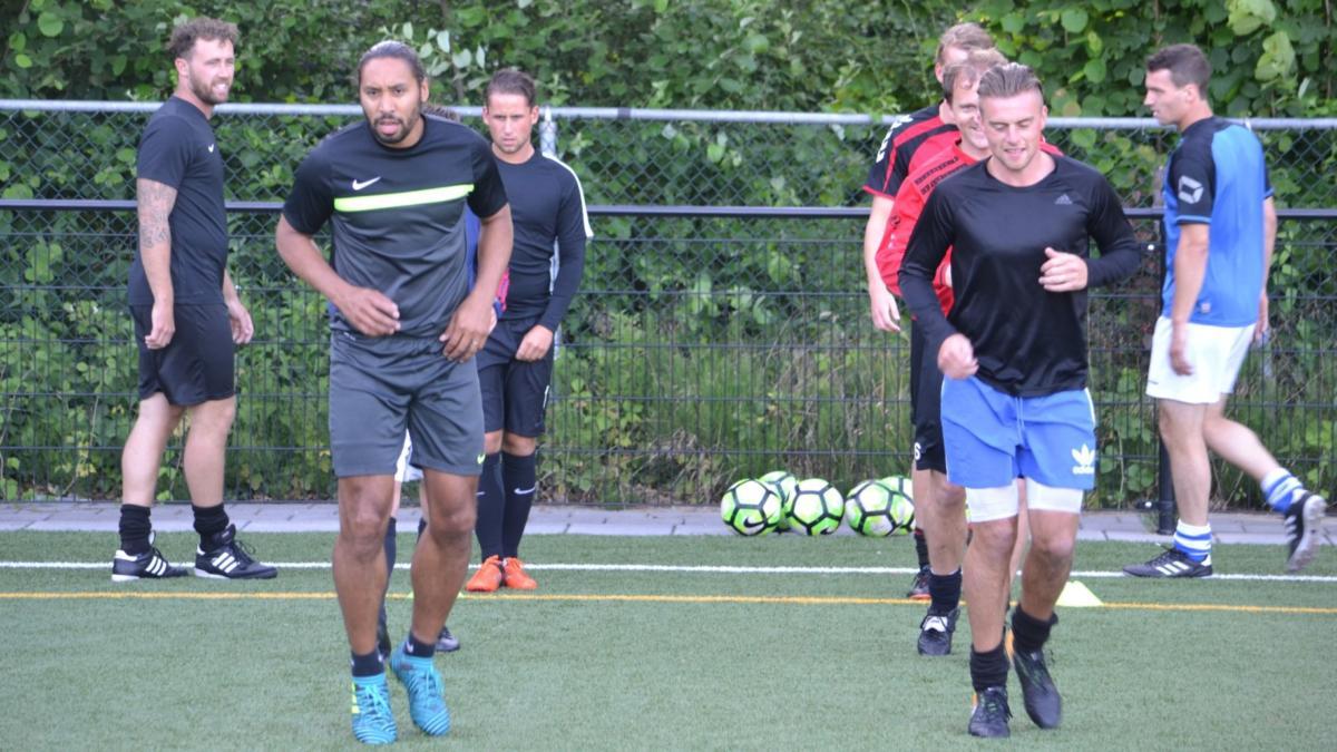 Training-All-Stars-Voetbal-in-Haarlem (4)
